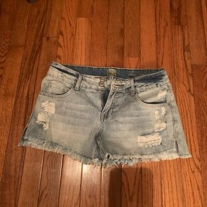 TRUE CRAFT JEAN PARTY SHORTS
